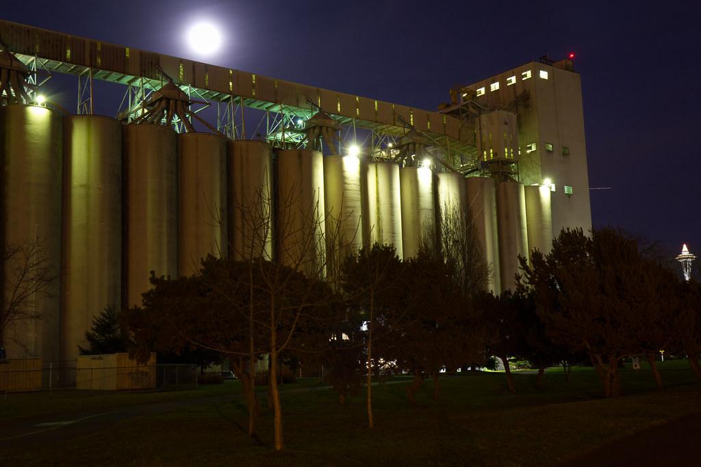 Pier 86 grain terminal