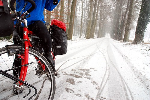 Silent Snow Cycling