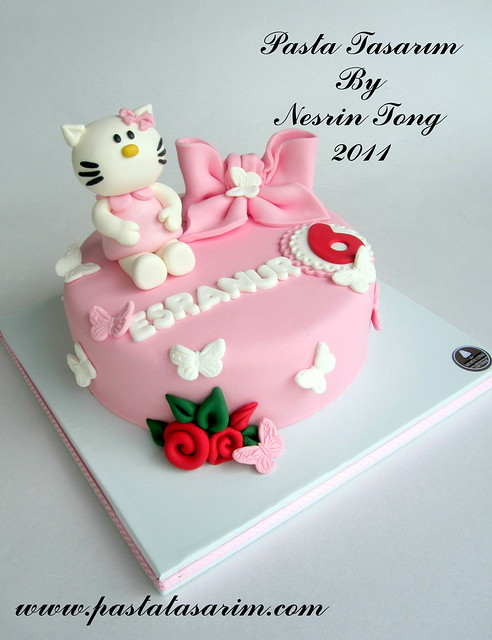 HELLO KITTY CAKE - ESRANUR BIRTHDAY