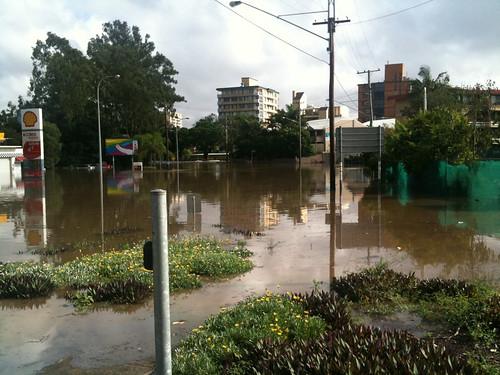 Brisbane Floods - Taringa/St Lucia