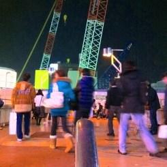 天王寺 歩道橋の手摺りは、いつもみんなを見てるよ!