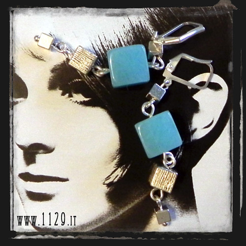 MBQUAZ orecchini giada azzurra cubi   cubes blue chinese jade earrings