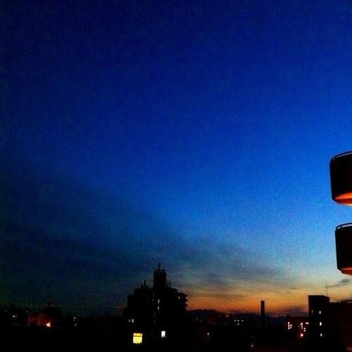( ^ω^)( -ω-)( _ _)おはよ! 夜明け前の大阪です。:(;゙゚'ω゚'):サムィー