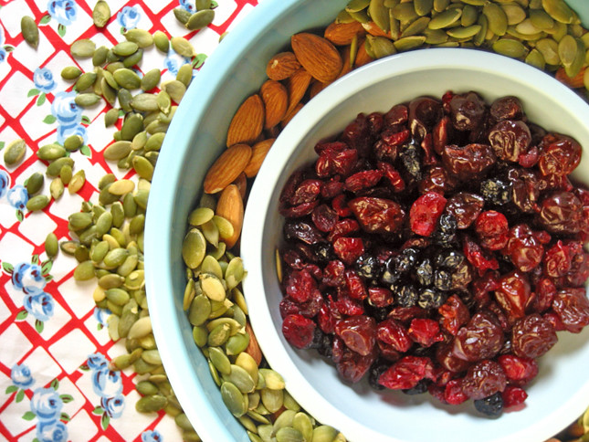 granola seeds, nuts and fruit