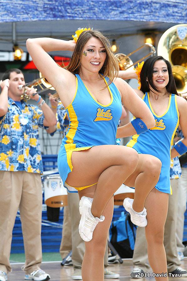 UCLA Dance Team 040