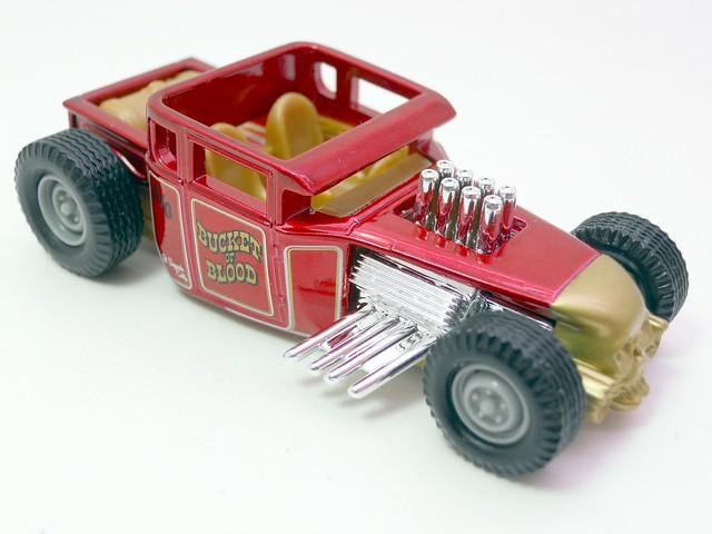 hot wheels custom classics bone shaker (2)