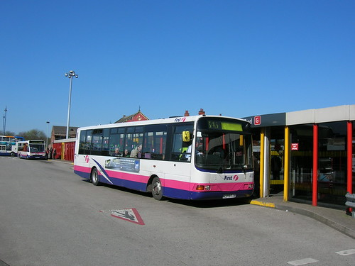 A picture of a Volvo B6 Wright body low floor bus in FirstGroup livery, Ashton-under-Lyne bus station