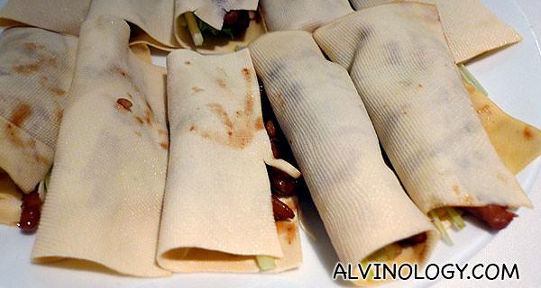 Wrapped pork slices in beancurd skin