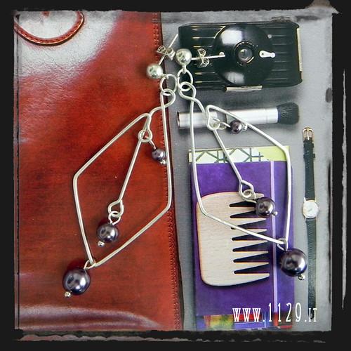 MDROPU orecchini argento rombo perle viola purple glass pearls silver earrings 1129