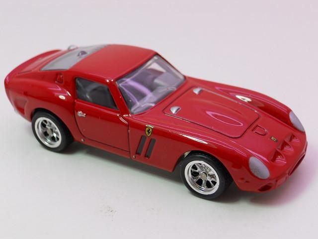 hot wheels garage ferrari 250 gto (2)