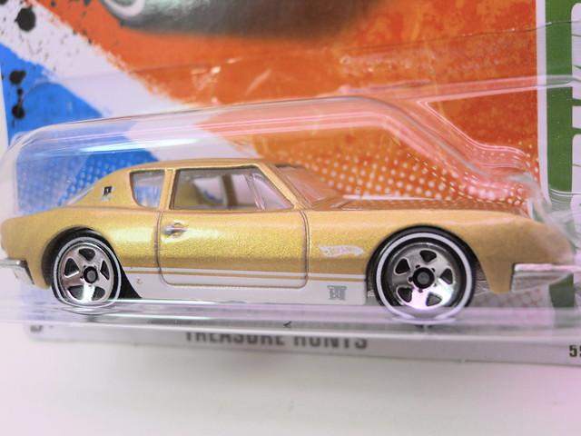 hot wheels treasure hun Studebaker avanti (2)