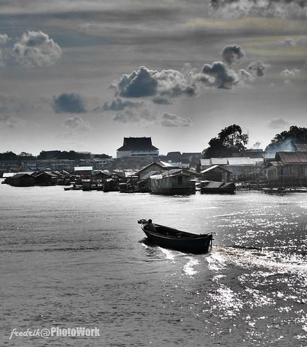 perahu sungai