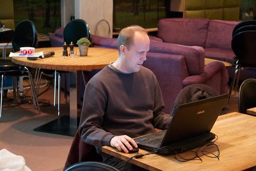 Lars Westergren förbereder presentation
