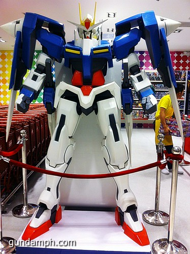 Toy Kingdom SM Megamall Gundam Modelling Contest Exhibit Bankee July 2011 (1)