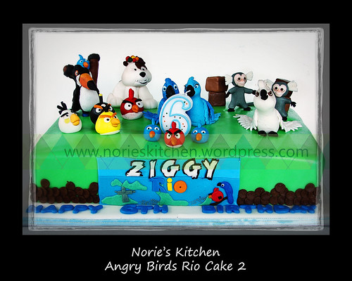 Norie's Kitchen - Angry Birds Rio Cake 2
