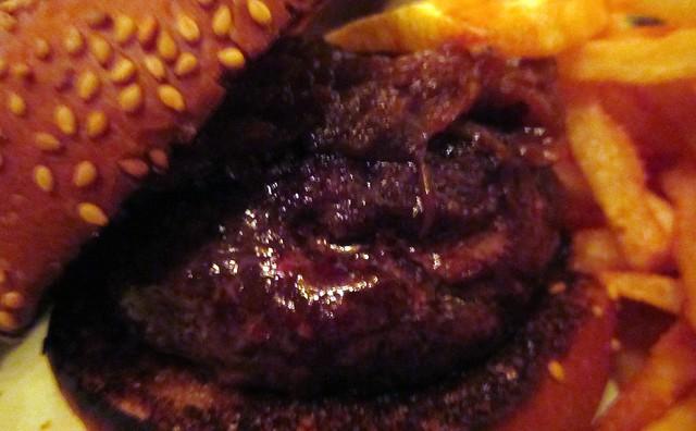 the minetta tavern black label burger