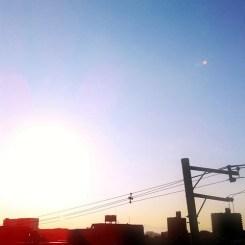 朝一!(^o^)ノ < おはよー!