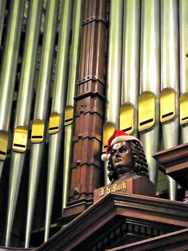 Bach Goes Christmas