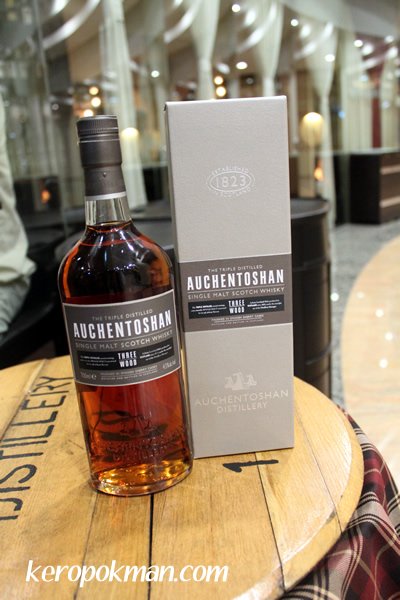 Auchentoshan Single Malt Scotch Whisky, Three Wood, Finished in Spanish Sherry Casks