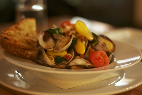 white beans and clams