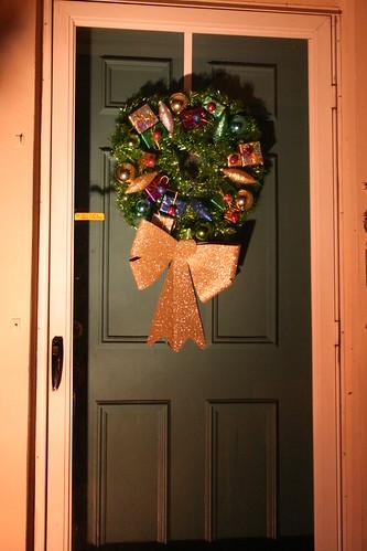 Wreath sparkles in the spotlight