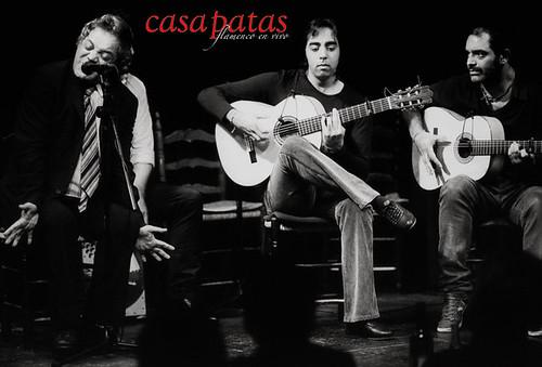 """Ramón """"El Portugués"""" en una actuación en Casa Patas. Foto: Martín Guerrero"""