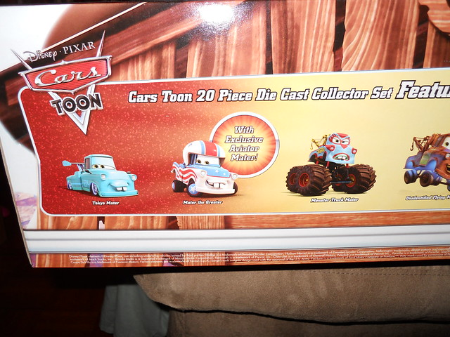 Disney Store CARS TOON 20 Car Set (10)