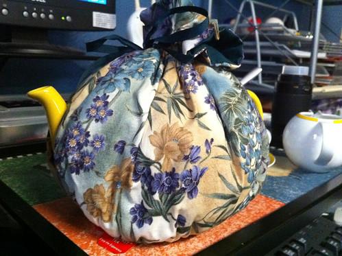 My teapot (and it's cozy)
