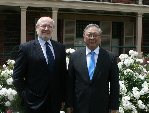 UoA Vice Chancellor, Professor James McWha (left) and CAS President, Professor Lu Yongxiang outside Urrbrae house, Waite campus.