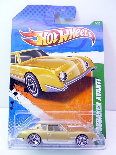 hot wheels treasure hun studebaker avanti (1)