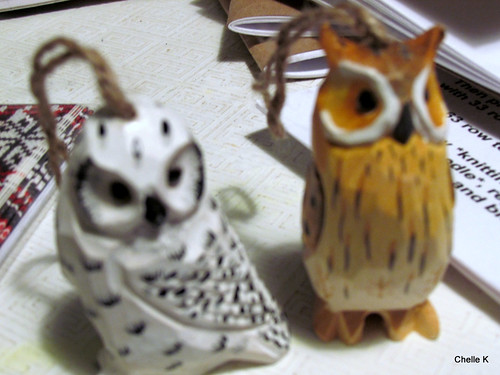 Wood carved owls from Clara