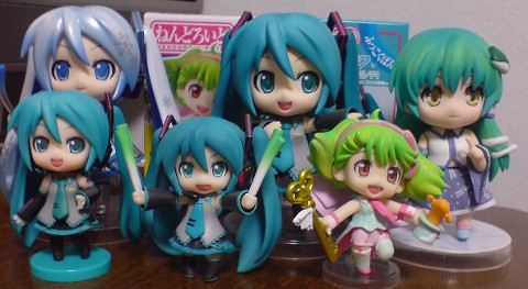 Nendoroid Petit Ranka Lee with Miku-tachi and Sanae