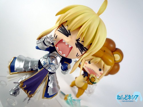Saber-chan fighting (?) a monster