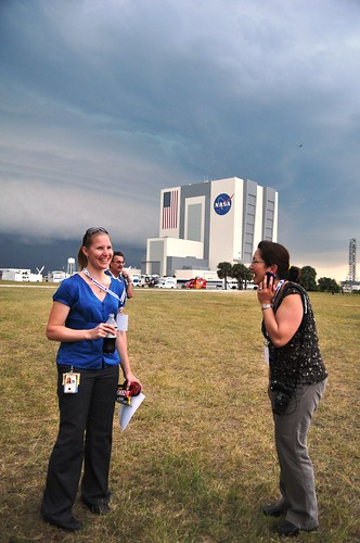 Queen of NASA Tweetup, Stephanie Schierholz (@schierholz) and Tweetup Attendee Linda Seid Frembes (@AVWriter)