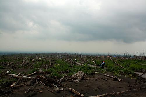 Sisa Merapi - 02