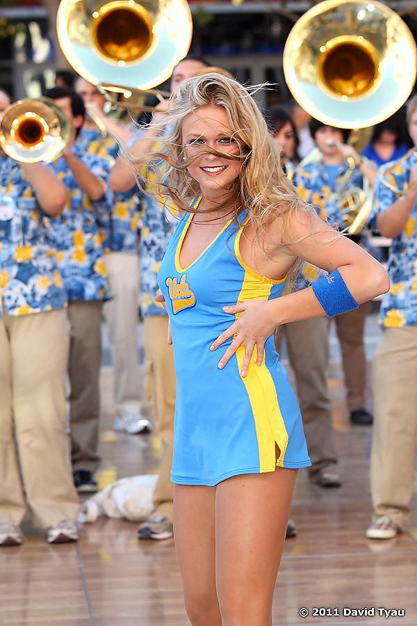 UCLA Dance Team 019