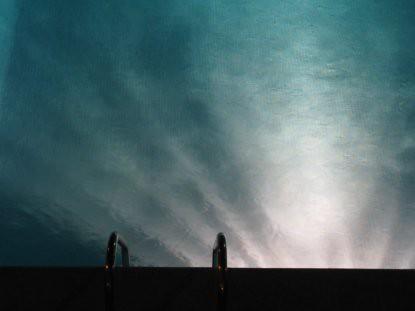 8h13 Lune piscina noche008 Pasión nocturna