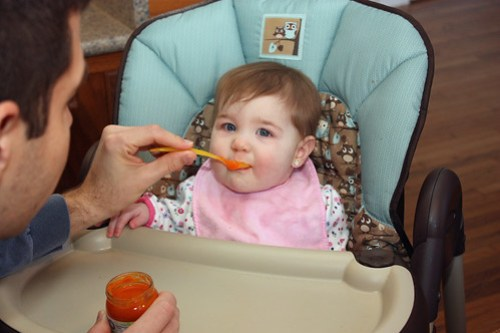 Carrots! Nom! Nom! Nom!