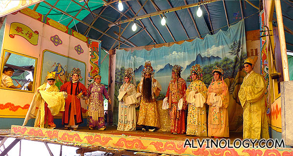The full opera cast