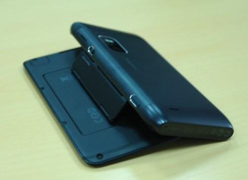 Nokia E7 первый взгляд