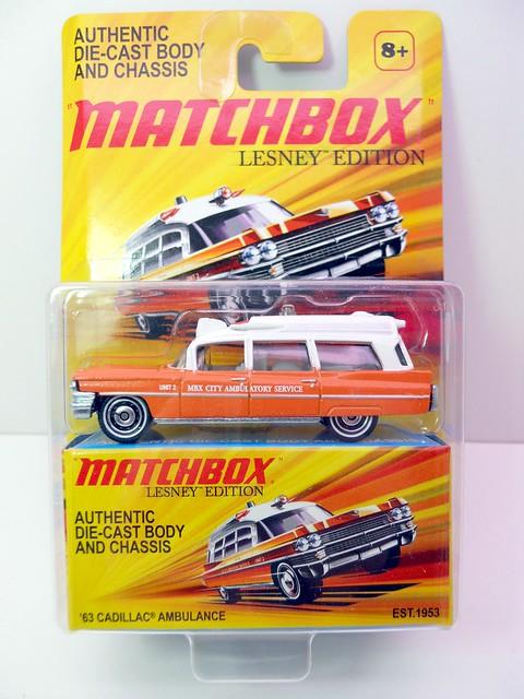 matchbox '63 cadillac ambulance  (3)