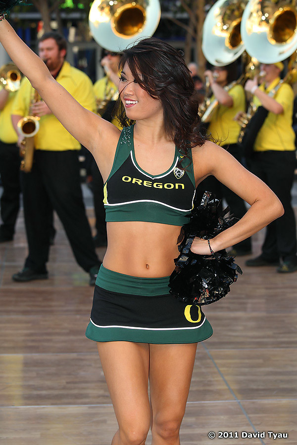 Oregon Cheer 004
