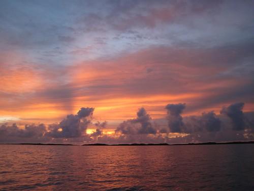 Sunrise - leaving Allen's Cay
