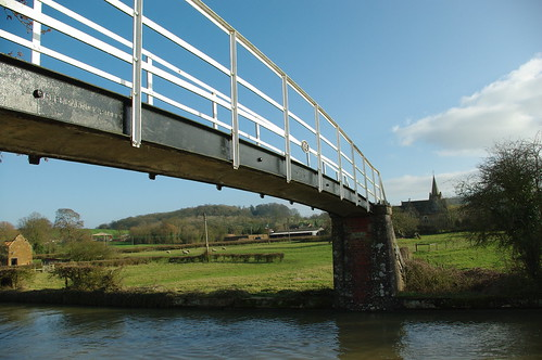 20110306-39_Footbrdge over canal near Lower Shuckburgh by gary.hadden