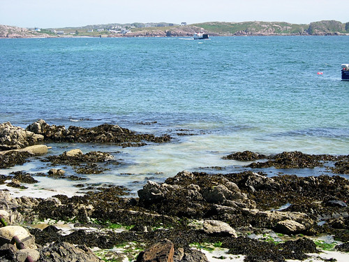 Iona-crossing-to-Mull