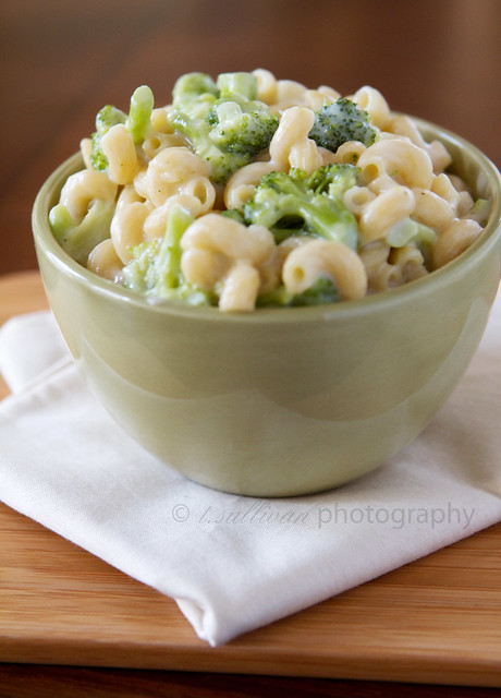 Broccoli and White Cheddar Mac and Cheese