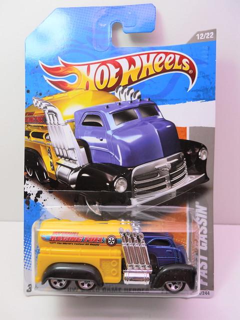 hot wheels fast gassin' (1)