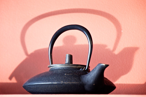 Teapot and Shadow