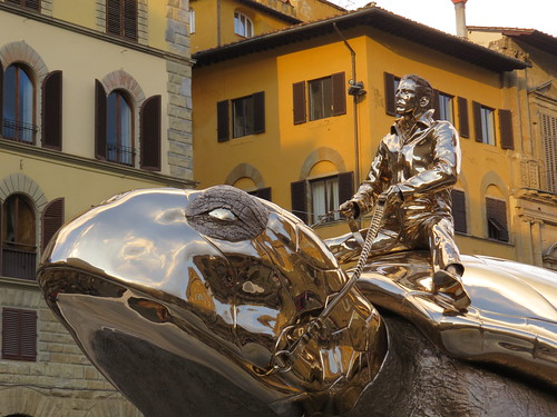 "Jan Fabre's ""Searching for Utopia"" in Florence"