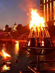 VIEW ACROSS BASIN WITH TORCH HOLDER AND STATE HOUSE AND MALL (Photo by John A. Simonetti)